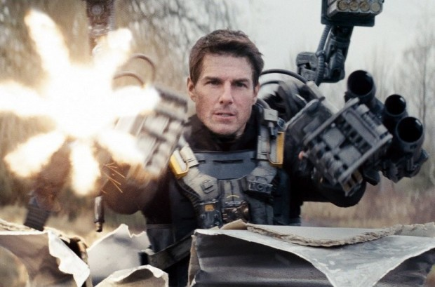 William Cage convertido nun gamer teimudo en 'Edge of Tomorrow' (Doug Liman, 2014)