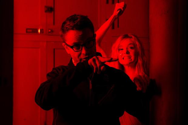 Nicolas Winding Refn e Elle Fanning na rodaxe de The Neon Demon (2016)