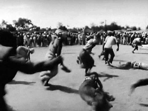 Mueda, Memoria e Masacre (Ruy Guerra, 1979/1980)